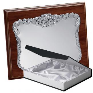 Kit placa de madera etimoe nogal, aluminio y estuche lujo, serie P193B-50470 (Frontal)