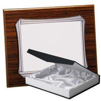 Kit placa de madera color zebrano nogal, aluminio y estuche lujo, serie P370B-50570 (Frontal)